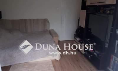 Eladó Lakás, Pest megye, Gödöllő, Szent János utca