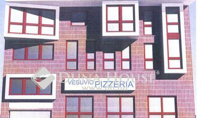 Eladó üzlethelyiség, Hajdú-Bihar megye, Debrecen, Belváros, villamos közeli