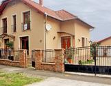 Eladó ház, Pécs, Megyeri út