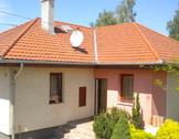 Eladó ház, Gyál, 2001-ben épült körbejárható,újszerű,mediterrán ház