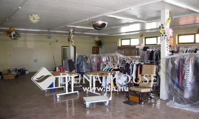 Eladó üzlethelyiség, Győr-Moson-Sopron megye, Nagybajcs, Nagybajcs faluközpont