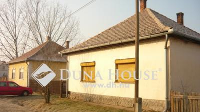 Eladó Ház, Jász-Nagykun-Szolnok megye, Jászapáti, Kocka utca