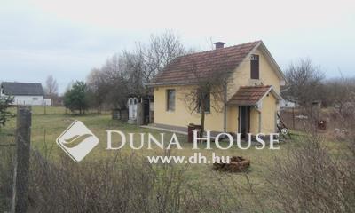 Eladó Ház, Hajdú-Bihar megye, Debrecen, Bánk