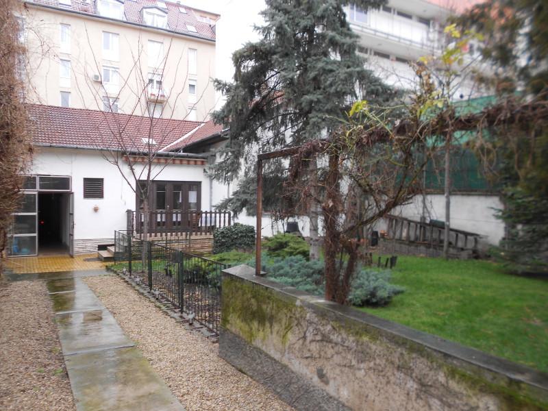 családi ház - Budapest, VIII. kerület
