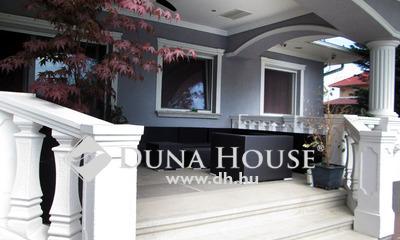 Eladó Ház, Pest megye, Gyál, Víztorony közelében medencés luxus