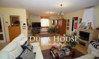 Eladó Ház, Bács-Kiskun megye, Kecskemét, Petőfiváros közelében