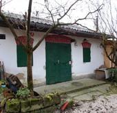 Eladó ház, Esztergom