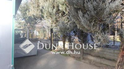 Eladó Ház, Pest megye, Erdőkertes, Befektetőknek! 300 nm, üzem és lakás egyben