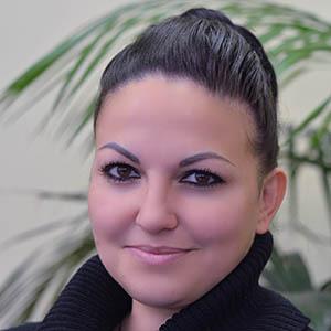 Bajusz Anita