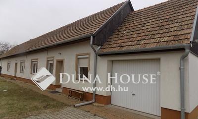 Eladó Ház, Győr-Moson-Sopron megye, Szakony,