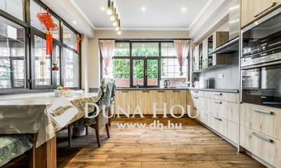 Eladó Ház, Budapest, 14 kerület, Luxus, egyedi tervezésű családi ház kiváló utcában
