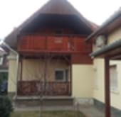 Eladó ház, Tata