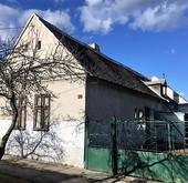 Eladó ház, Harka