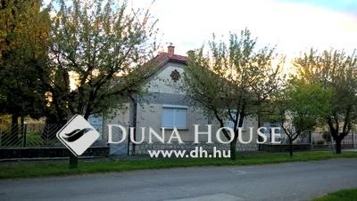 Eladó Ház, Baranya megye, Sásd, Belváros közeli csendes utca