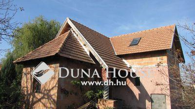 Eladó Ház, Komárom-Esztergom megye, Komárom, Szőny csendes