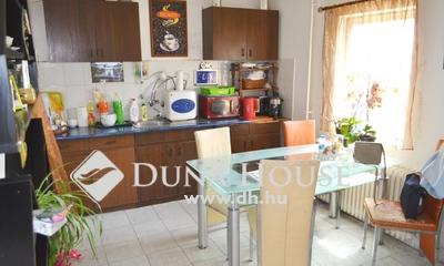 Eladó Ház, Pest megye, Szigetszentmiklós, Központban, 3 szobás önálló ház nagy kerttel,