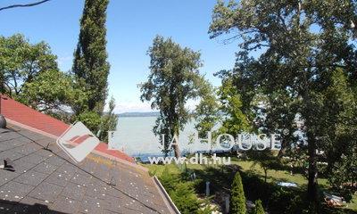 Eladó Ház, Somogy megye, Balatonlelle, Vízparttól 30méterre