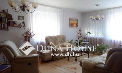 Eladó Ház, Budapest, 17 kerület, Rákoscsabán kifogástalan állapotú ikerház