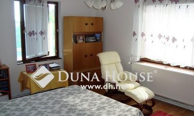 Eladó Ház, Pest megye, Herceghalom, Három lakásos családi ház több generációnak