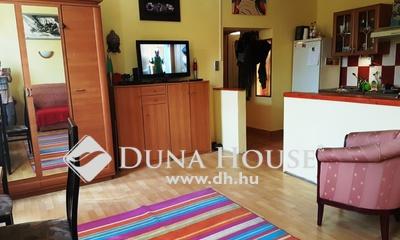 Eladó Ház, Budapest, 15 kerület, Rákos úti szakrendelő