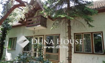 Eladó Ház, Pest megye, Vác, klasszicista villa szerű épület