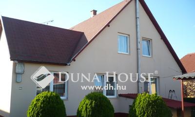 Eladó Ház, Pest megye, Gödöllő, családi házas, jó közlekedésű