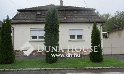 Eladó Ház, Komárom-Esztergom megye, Komárom, központ