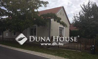 Eladó Ház, Zala megye, Vonyarcvashegy, 10 percnyi sétára a Balatontól