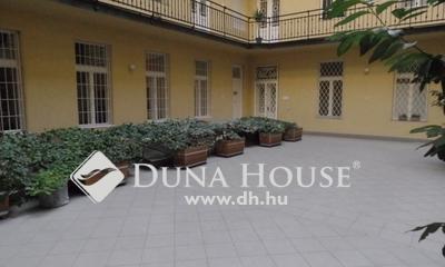 Eladó Lakás, Budapest, 5 kerület, Belváros szép házban emeleti nagy lakás