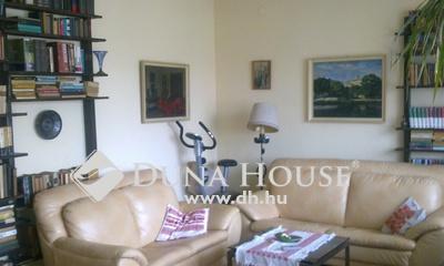 Eladó Ház, Komárom-Esztergom megye, Tát, kertes csendes