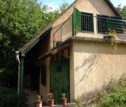 Eladó ház, Egerág