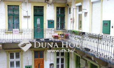 Eladó Lakás, Budapest, 6 kerület, Andrássy út mellett,világos, utcai nézetű lakás !