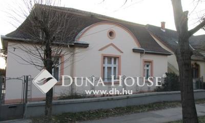 Eladó Ház, Komárom-Esztergom megye, Tata