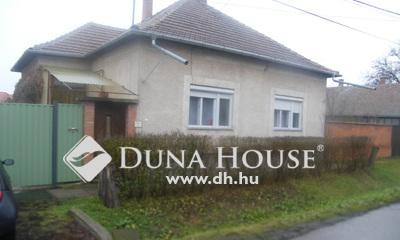 Eladó Ház, Csongrád megye, Szentes, Alkotmány utca