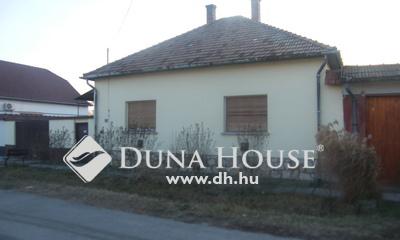 Eladó Ház, Csongrád megye, Kistelek, Központ
