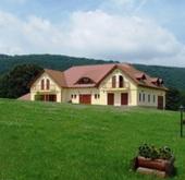 Eladó ház, Bakonybél