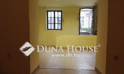 Eladó üzlethelyiség, Budapest, 8 kerület, Tisztviselőtelep