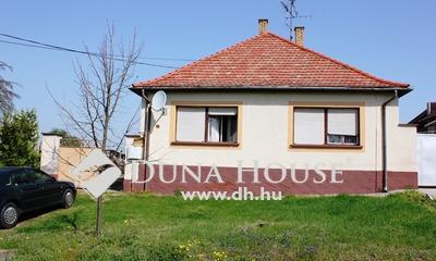 Eladó Ház, Bács-Kiskun megye, Érsekcsanád, Érsekcsanádon eladó 4 szobás ház