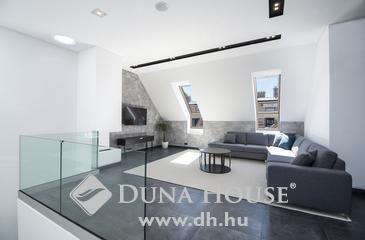 Eladó lakás, Budapest 5. kerület, Egyedi, nagy teraszos belvárosi luxus