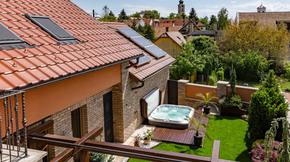 Kiadó ház, Szentendre, Mediterrán ház Szentendre belvárosában