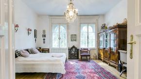 Eladó lakás, Budapest 12. kerület, Villaépület teljes, emeleti színtje, felújítva!
