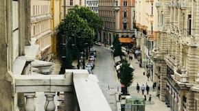 Eladó lakás, Budapest 5. kerület, Belvárosi kuriózum, erkély gyönyörű kilátással