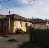 Eladó ház, Érd, Fehérvári úthoz közel, több lakássá alakítható