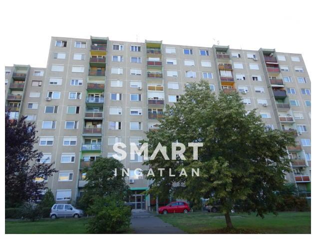 Eladó Lakás, Pest megye, Dunakeszi, Barátság utcai lakótelep