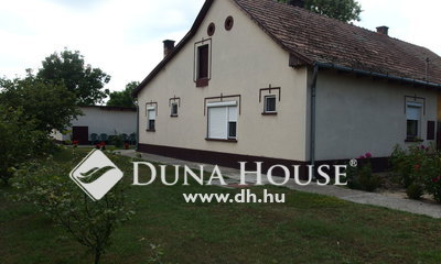 Eladó Ház, Bács-Kiskun megye, Bugacpusztaháza, Bugacpusztaháza - belterületi lakóingatlan