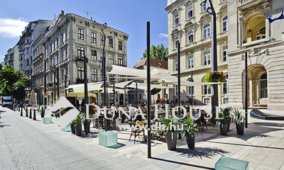 Eladó Lakás, Budapest, 5 kerület, Egyetem térnél új lakás
