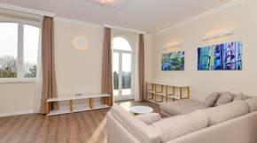 Eladó lakás, Budapest 2. kerület, Szemlőhegyi panorámás lakás villaházból + 13nm terasz