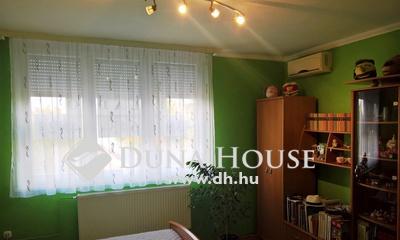 Eladó Lakás, Somogy megye, Kaposvár, *** Németh István fasor, 3 szoba, erkélyes, klímás