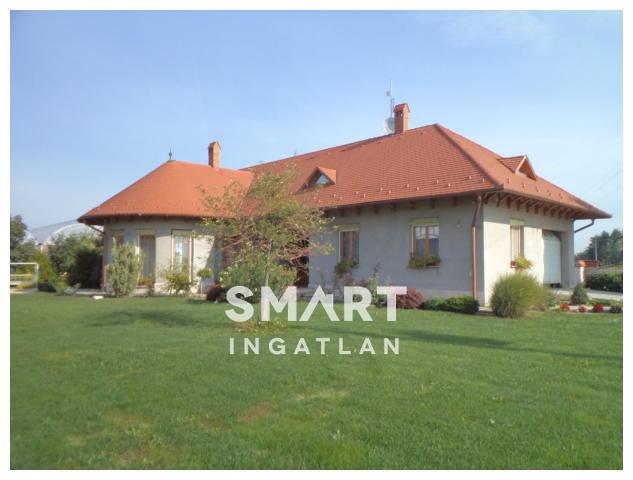Eladó Ház, Bács-Kiskun megye, Kiskunfélegyháza, Halesz térségében