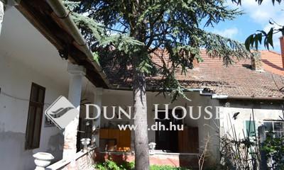 Eladó Ház, Komárom-Esztergom megye, Dömös, Dömös központjában, nagy belmagasságú polgári ház